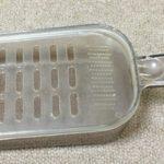 ダイソーの大根おろし器はプラスチック製で洗いやすい