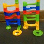 セリアのブロックタワーボールは子供が夢中になる知育おもちゃでおすすめ